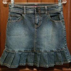 SO Mini Skirt